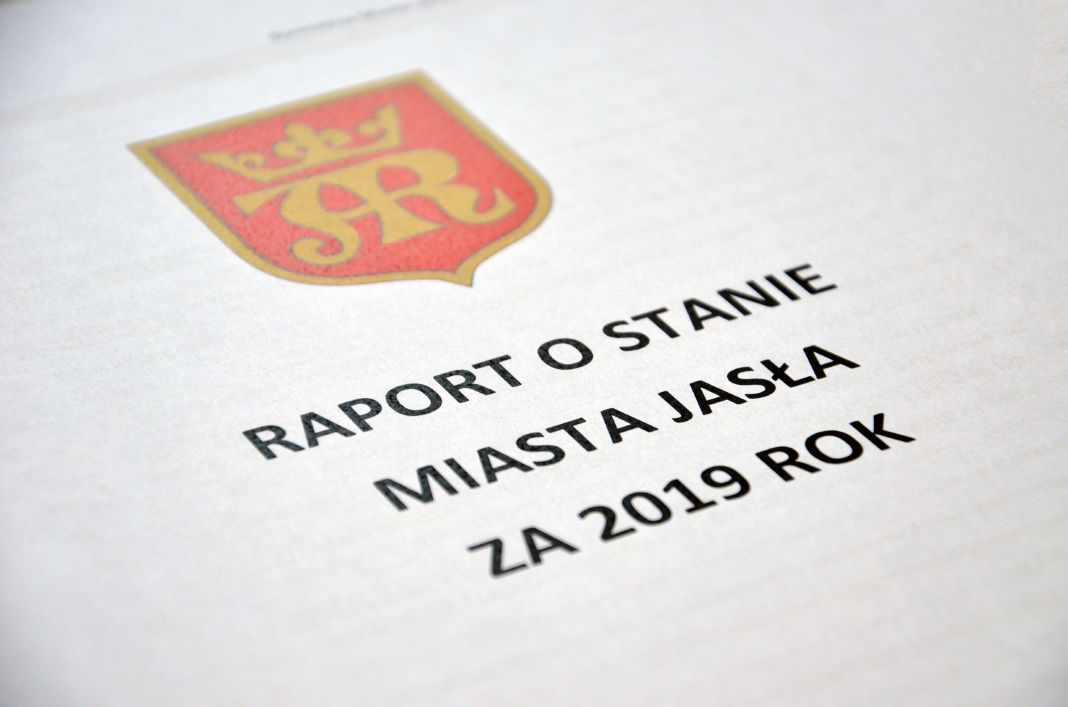 Strona tytułowa raportu o stanie miasta za rok 2019