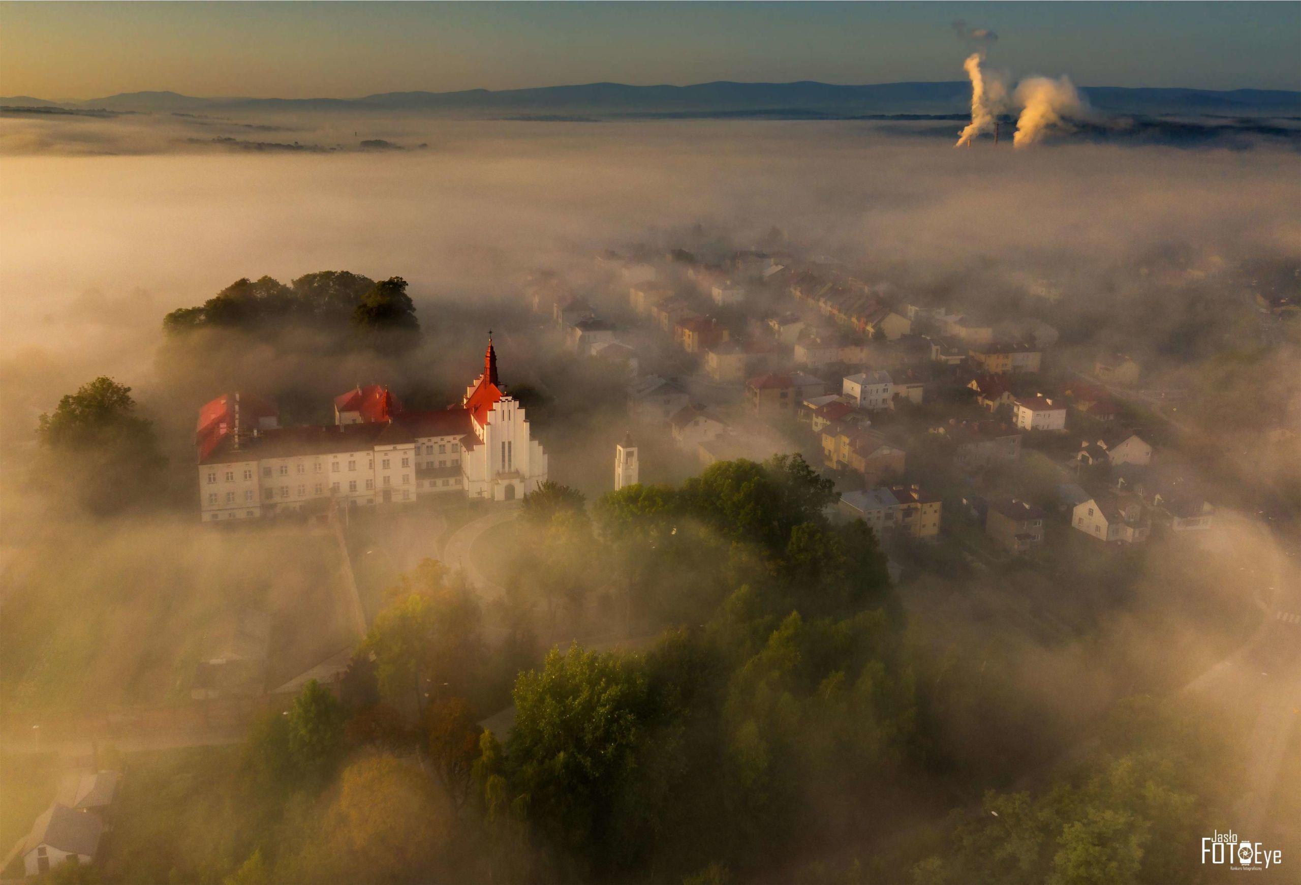 Zdjęcie wschód słońca autor Jan Kowalski
